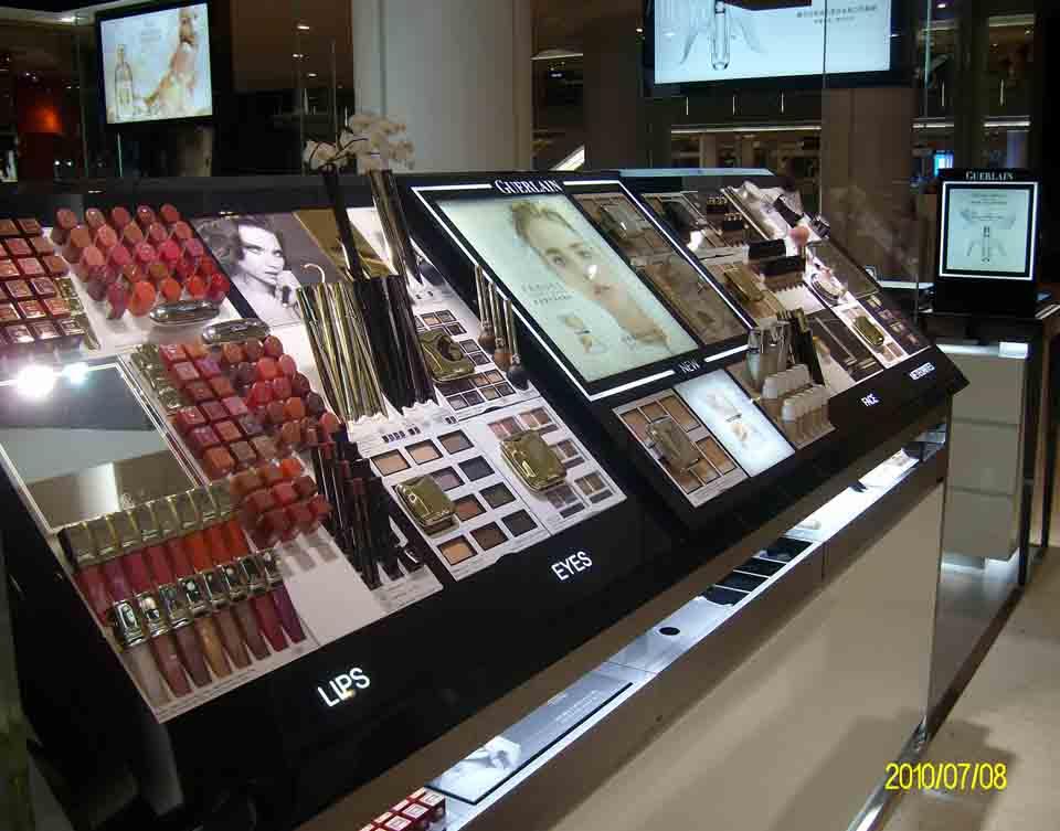 ?#26412;?#20122;克力制作厂鑫城亚克力加工厂化妆品展柜质量最好价格最优惠