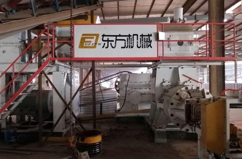 福建漳州年產1-1.5億空心磚生產線