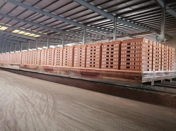 空心磚機擠壓部分故障會對泥條造成什么影響你知道嗎?