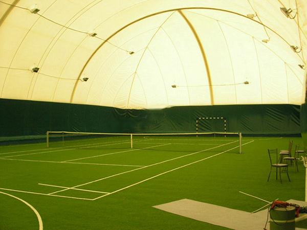 充气膜网球场