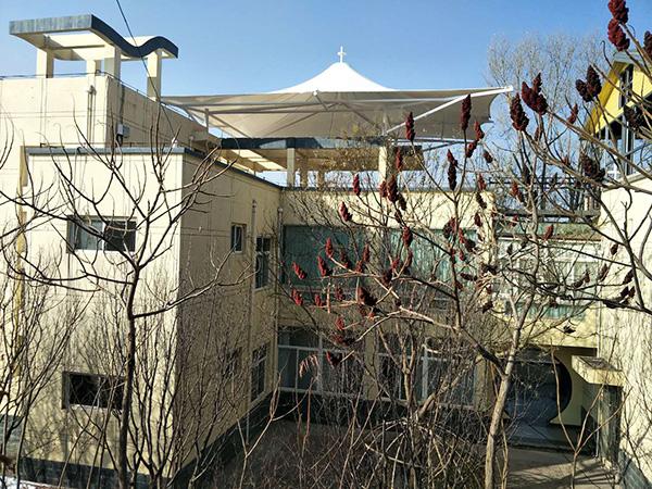 为兰州兰山祥龙生态园提供膜结构看台罩棚施工工程