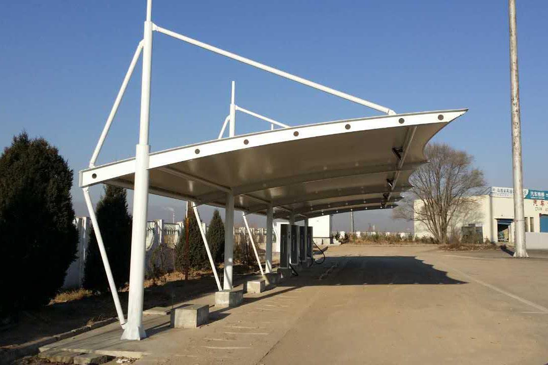 膜结构汽车车棚自身的特色应用以及动力分析有哪些