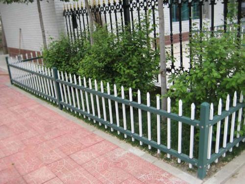 鋅鋼草坪圍欄