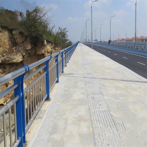 桥梁防护栏杆