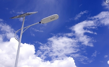 如何选择优质的太阳能路灯
