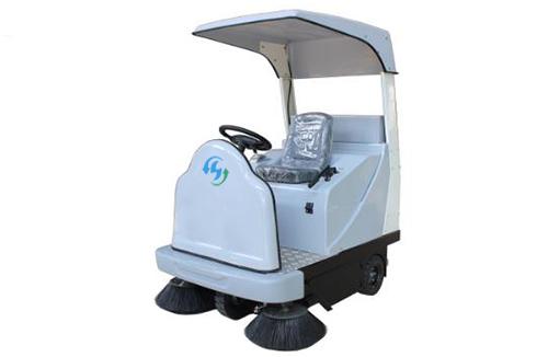 D1400驾驶式扫地车