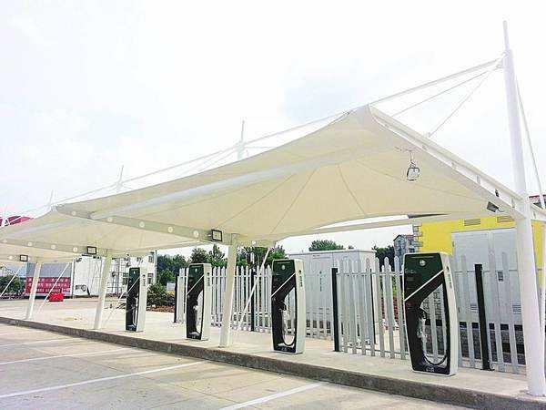 膜结构充电桩车棚应用主要特征