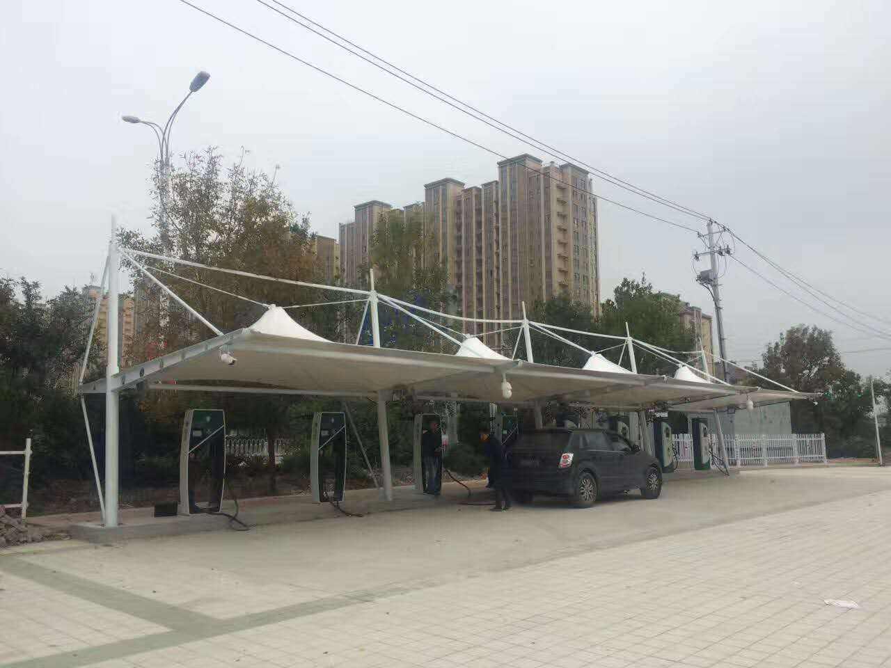 膜结构车棚厂家:钢结构吊装作业的相关事项有哪些?