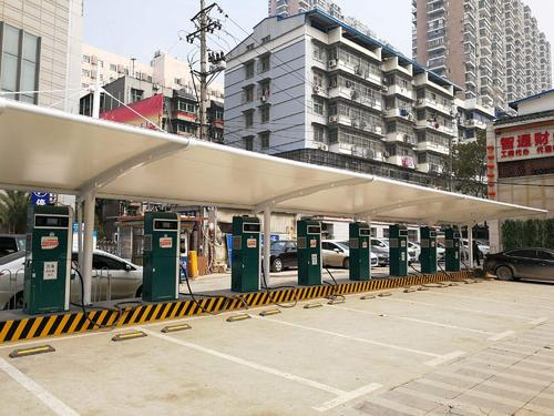 膜结构公交站停车棚