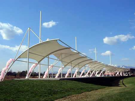 高尔夫球场膜结构工程
