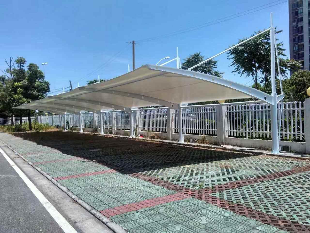 停车棚厂家对于膜结构的正确防锈处理都有哪些呢?