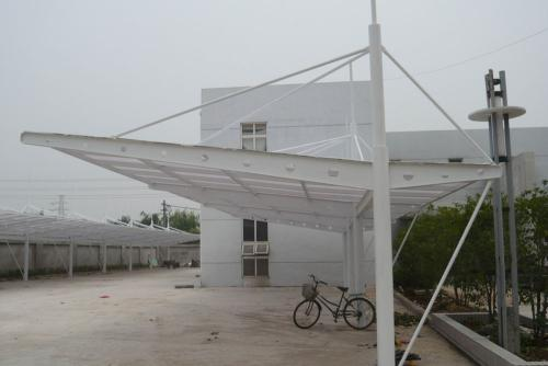 关于膜结构停车棚的定期维护