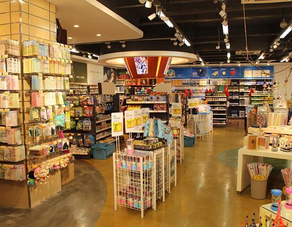 福建书店货架