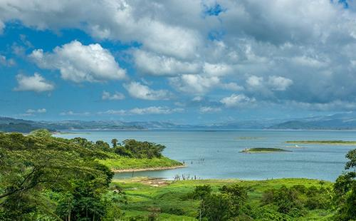 全球经营梦想 哥斯达黎加移民更近一步