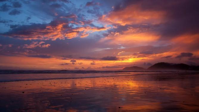 日落又回来了:10月15日起,哥斯达黎加将延长海滩开放时间
