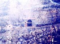 防水卷材在重庆渝怀铁路中的应用