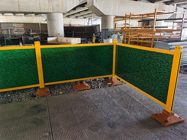 钢木复合板交通护栏