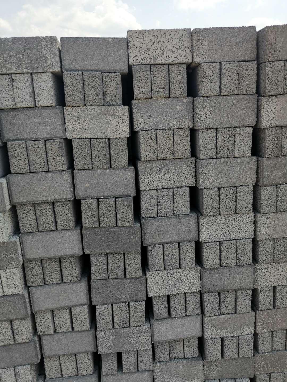透水砖对保护环境有着不可替代的作用