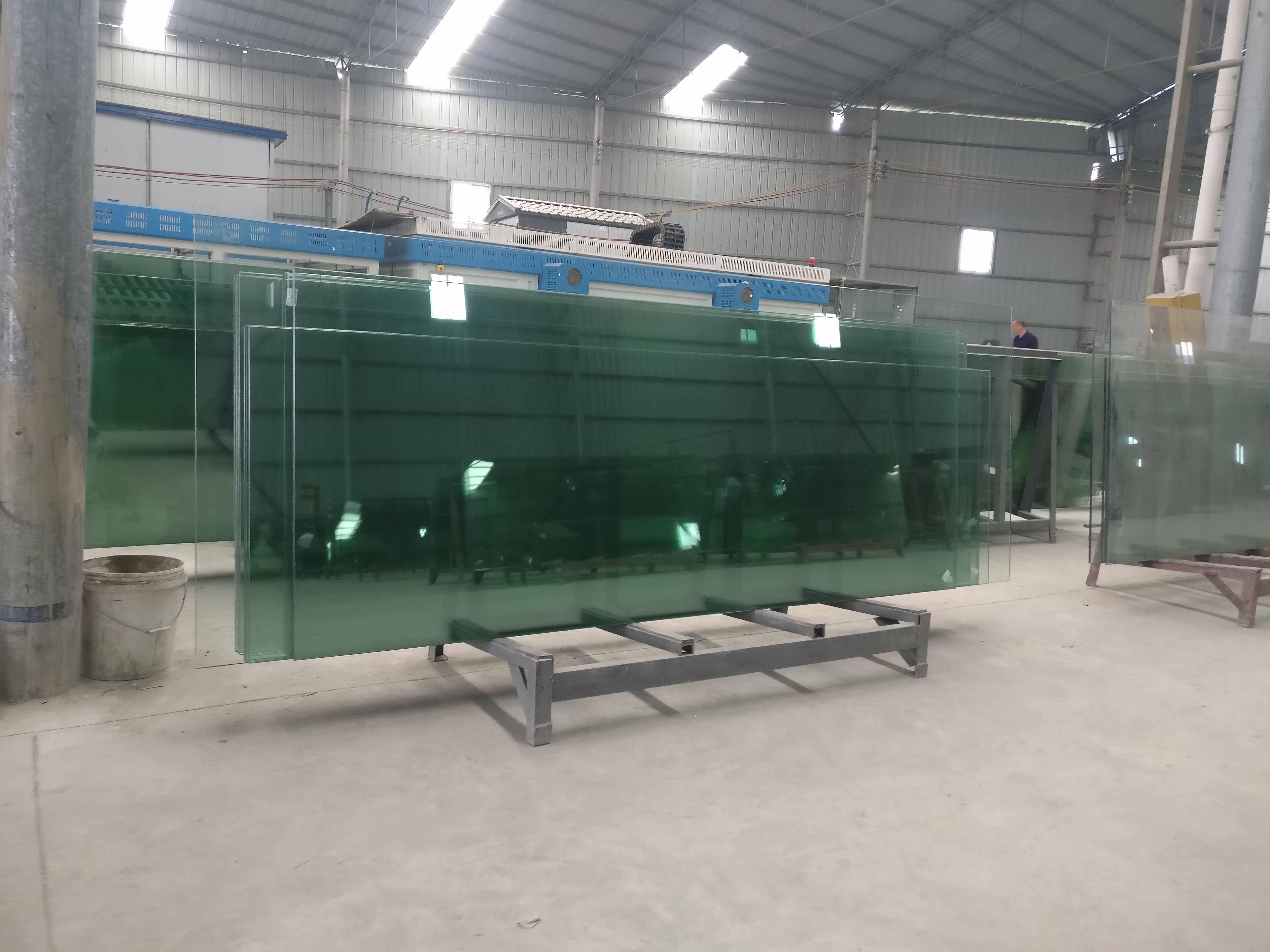 安順鋼化玻璃廠家
