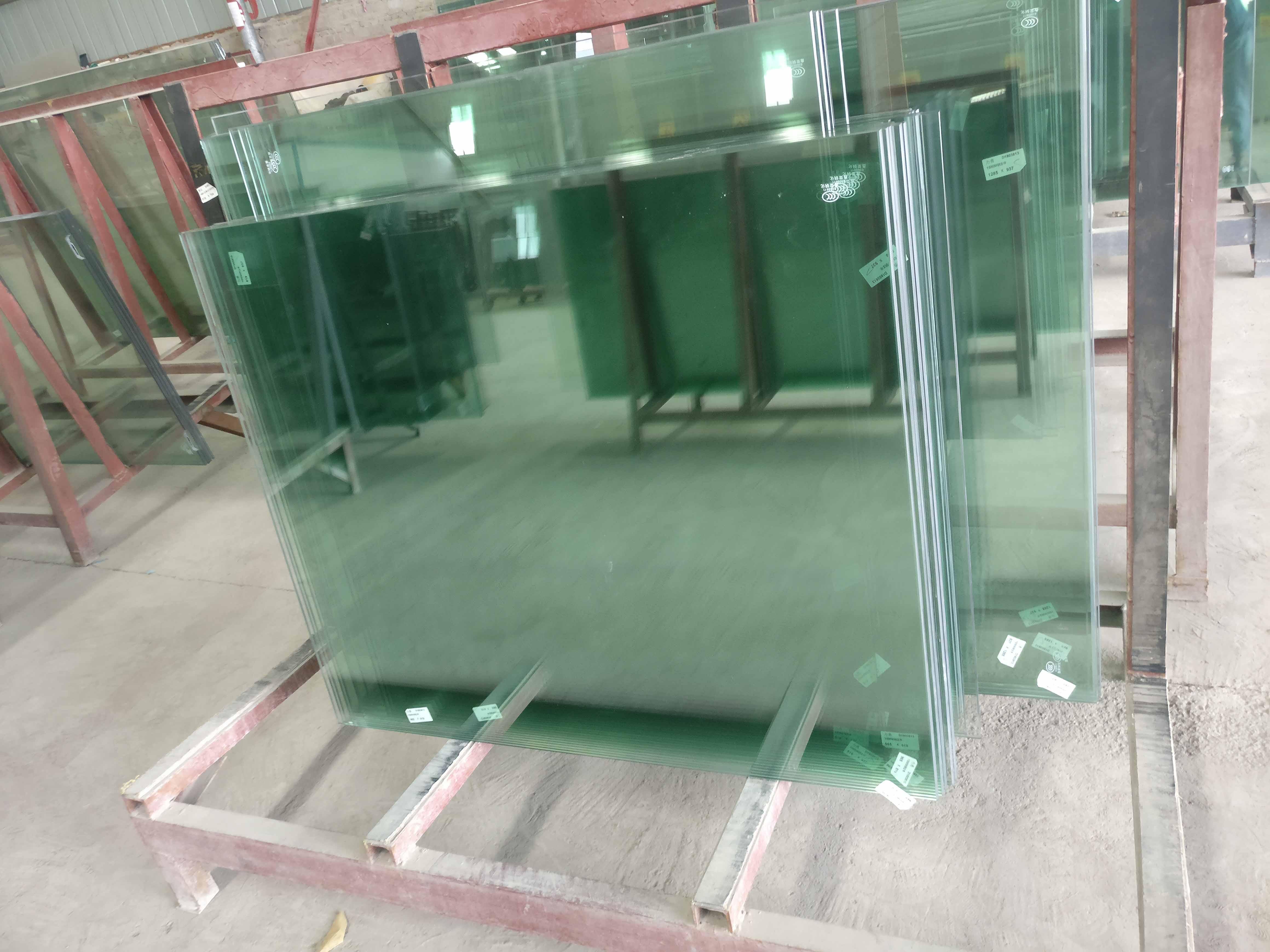 安順鋼化玻璃生產加工
