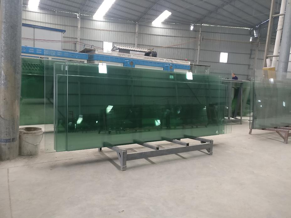 貴州鋼化玻璃直銷廠家
