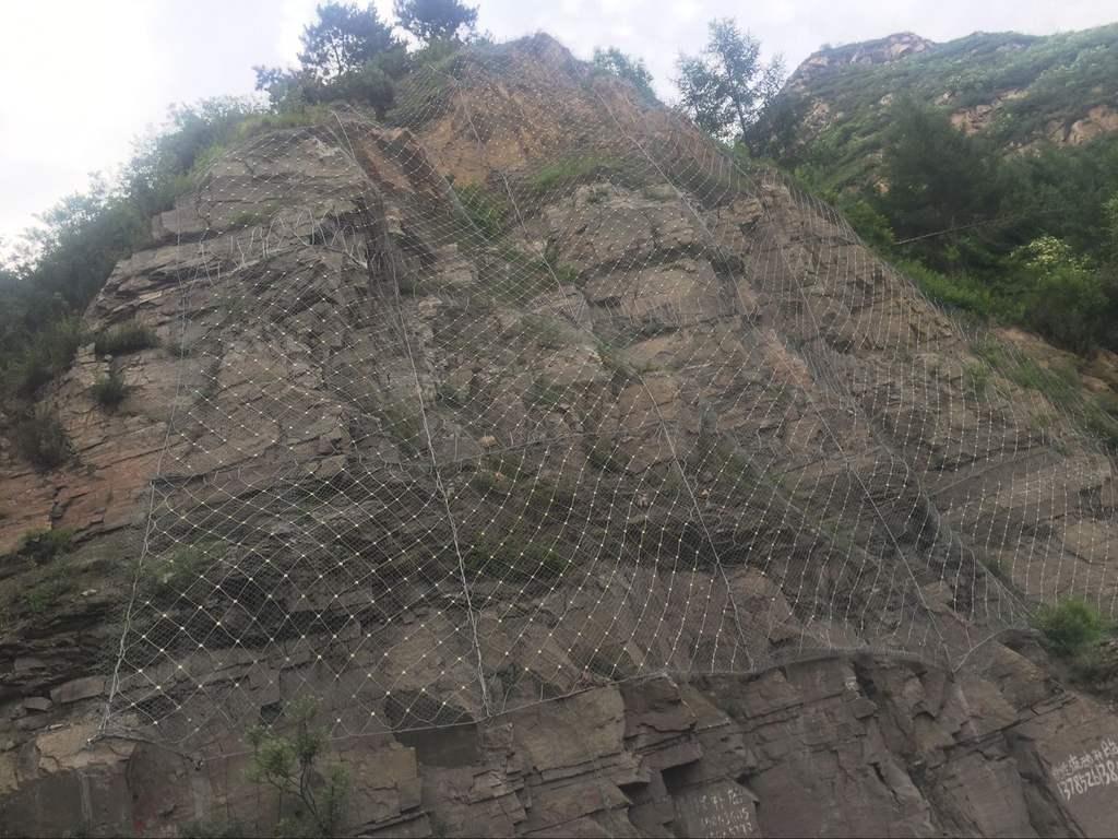 边坡钢丝防护网