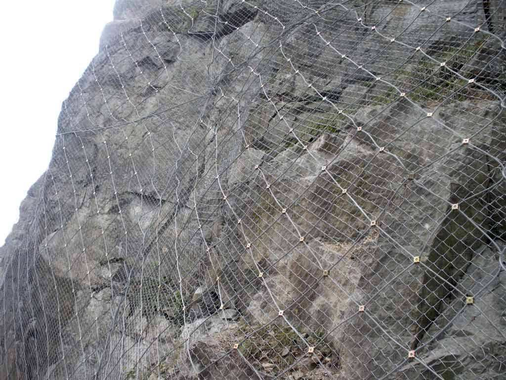 山体钢丝防护网