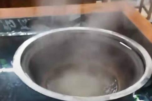 电陶炉大锅台