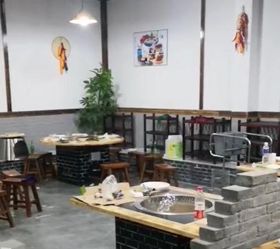 鐵鍋燉大鍋臺