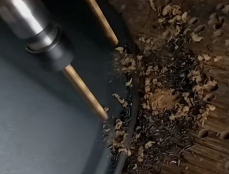 铁锅炖大铁锅打眼