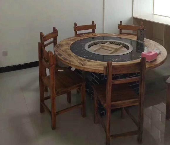 铁锅炖餐馆赚钱