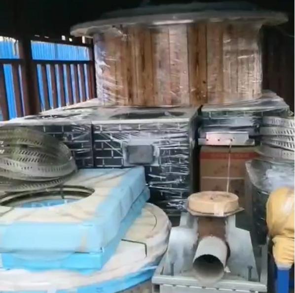 大锅台桌子