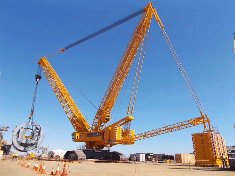 四川履带吊起重吊装设备怎么减少对路面的工作压力