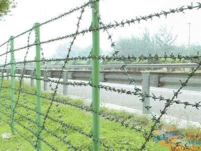 信息列表  新疆道路隔离栏,新疆刺丝护栏,新疆道路围栏乌鲁木齐新嘉城图片