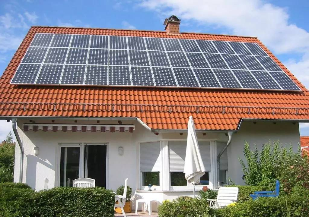襄陽屋頂太陽能光伏發電