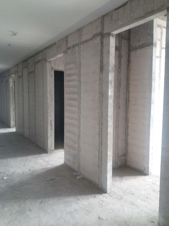 建设大楼使用隔墙板