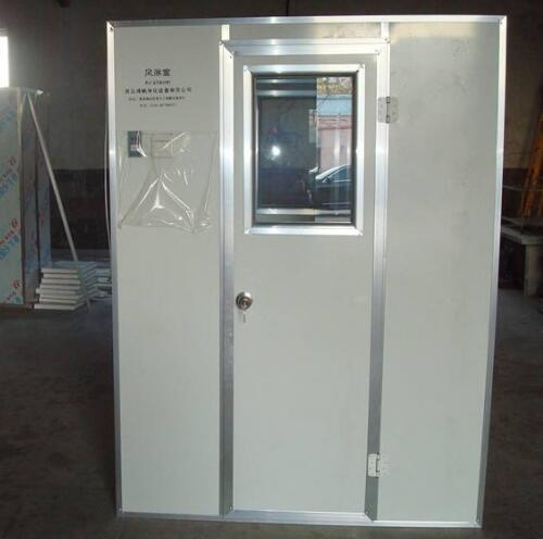 洁净室风淋室与高效送风口接管