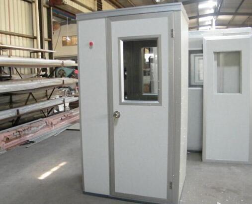 风淋室在使用上需要注意的安全问题