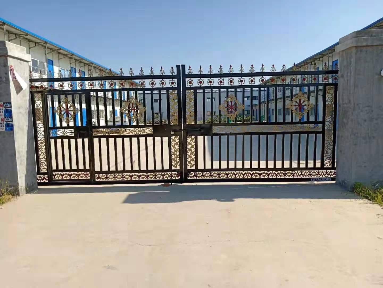 围墙庭院大门