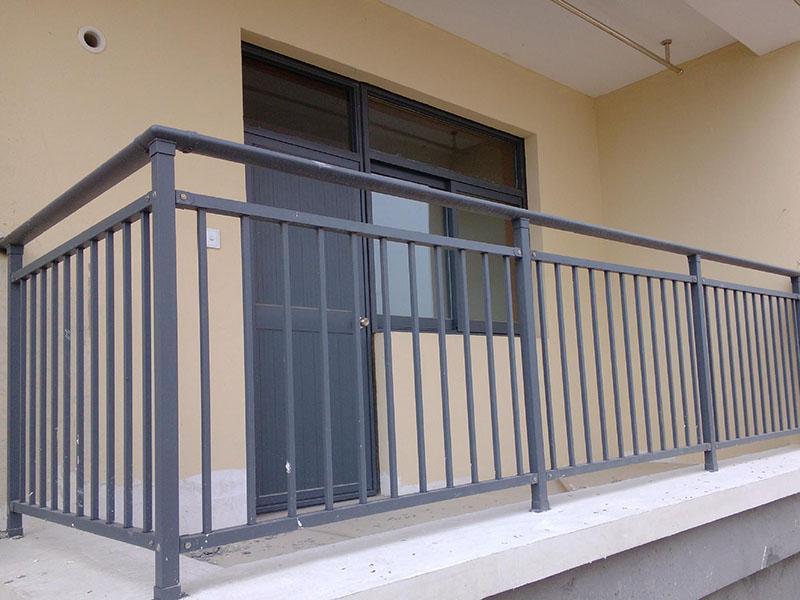 锌钢护栏有哪些具体的特点呢?