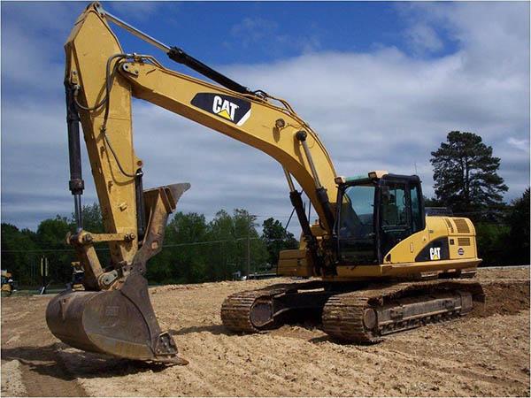 小松挖掘机维修价格