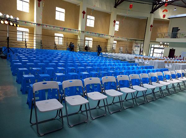 西安浐灞一中校慶桌椅租賃案例
