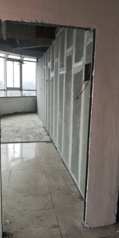 隔墙板施工