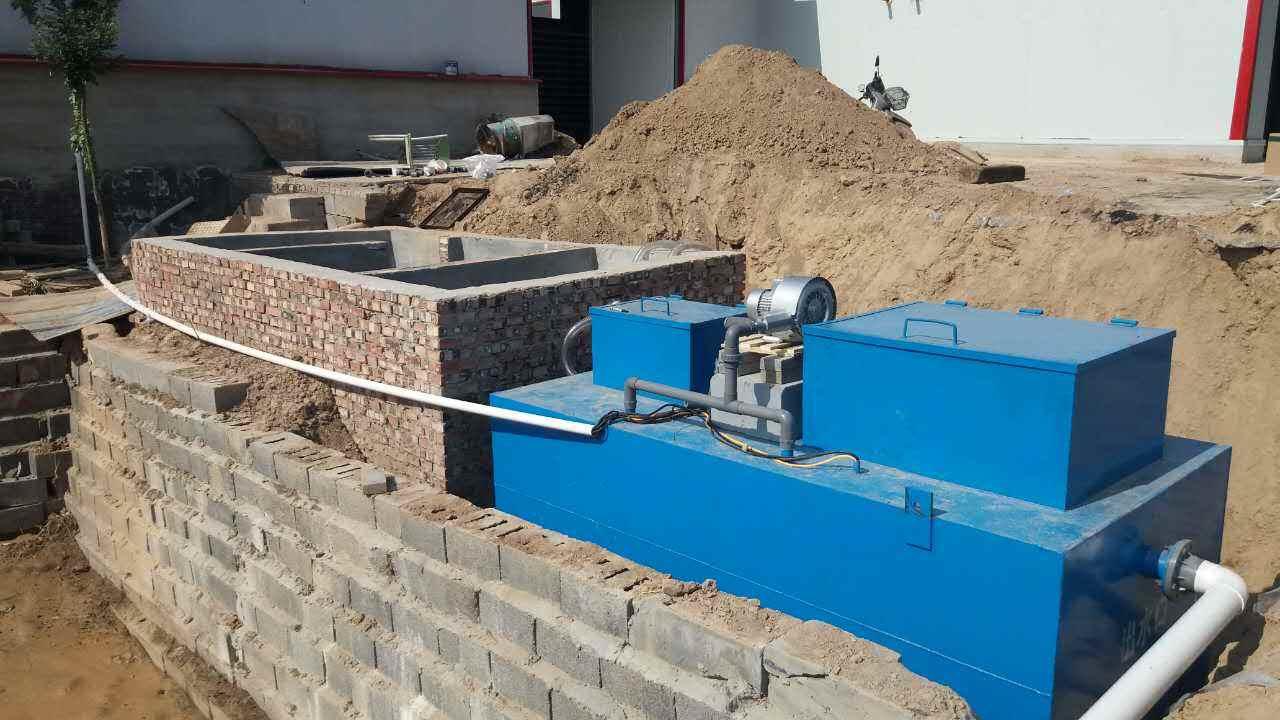 小型污水处理设备潜污泵的安装条件有哪些?