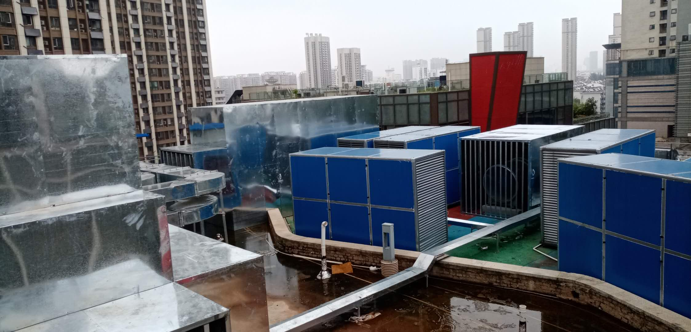 合肥国祯广场海底捞室外空调,机房隔音降噪