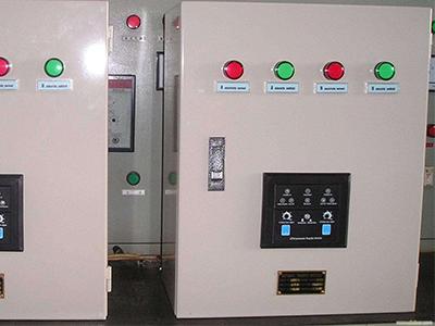 双电源自动切换箱