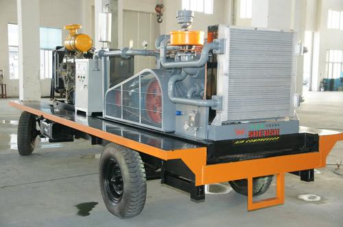 中高压压缩机产品特点在于整机原装进口满足了持续重载型工作需求