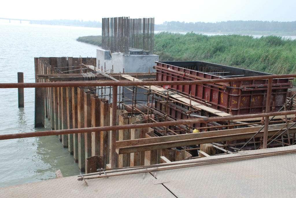 襄阳六两河大桥案例