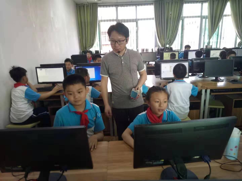 荆州街小学社团活动