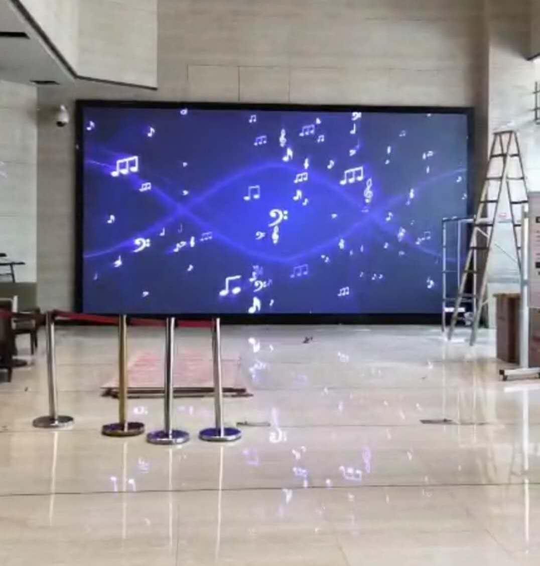 襄阳显示屏维修人员解析LED显示屏缺色改如何处理